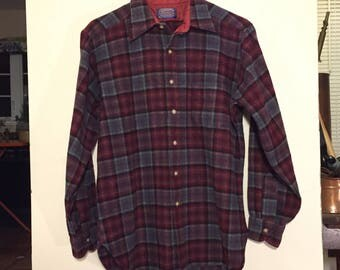 Vintage PENDLETON 100% Wool Flannel Plaid Shirt Made in USA sz Large