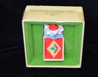 Vintage 1979 Hallmark Tree-Trimmer Mouse in a Matchbox Ornament
