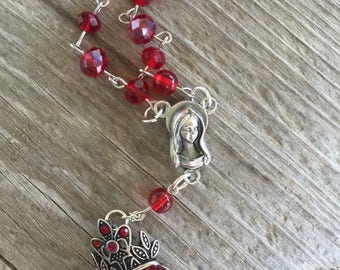 Queen of hearts car rosary