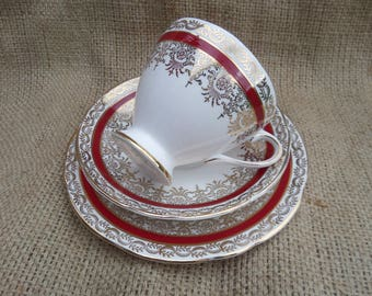Tea Trio, English Bone China, Tea Cup, Saucer, Sandwich Plate, Gladstone China, Crimson Red & Gold, 1939-61, Immaculate Unused