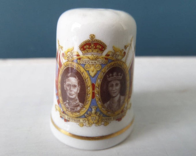 """Porcelain Thimble, King George VI, Queen Elizabeth, Queen's Mother and Father, Excellent Condition, Bone China, Made in England 1"""" x 0.75"""""""