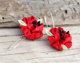 Poppy earrings Small gifts for women Red flower earrings Red earrings Poppy jewelry Floral earrings Kanzashi fabric earrings Summer earrings