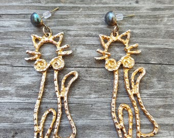 Vintage Cat Earrings Gold Metal Kitten Kitty Meow Dangle Funky Costume Jewelry