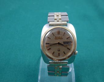 Vintage Bulova Accutron Wrist Watch 1975