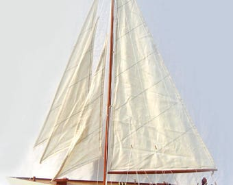 Hand-crafted Shamrock Sailing Boat 32""