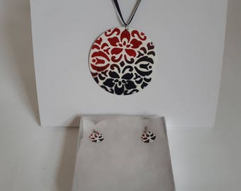 Enamelled White Necklace and Earring Set