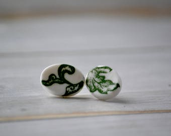 Oval green leaves porcelain earrings