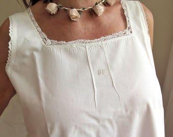 Nightgown - fine cotton dress with laces - Boho - Bohemian Style - chemise de lin blanc