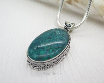 Oval Shape Green Jasper Sterling Silver Pendant and Chain