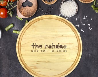 Custom Round Cutting Board, Personalized Round Cutting Board, Wedding Gift, Gift for Couple, Bridal Shower Gift, Christmas, Name, B-0089