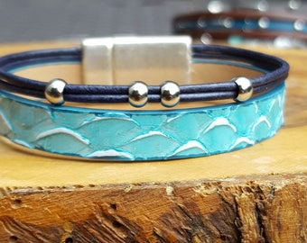 Navy and turquoise scales leather cuff
