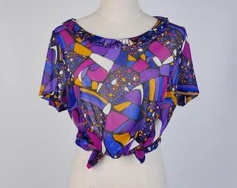 Vintage Blouse, Graphic Shape Print Scoop Neck Short Sleeves Violet Women Blouse Size S-M