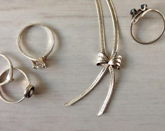 Sterling silver Italian bow necklace vintage