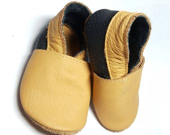 HOT SALE! Baby shoes leather 100%, soft sole baby shoes, baby slippers, toddlers moccasins, crib shoes, baby gift, basic beige and btack