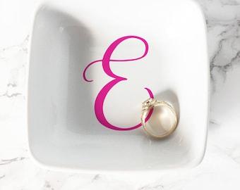 Personalized Initial Ring Dish, Monogram Ring Dish, Jewelry Dish, Trinket Dish, Ring Holder, Wedding Ring Dish, Bridesmaid Gift Jewelry Tray