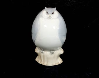 GRAY OWL FIGURINE Vintage Ceramic Owl Collectible
