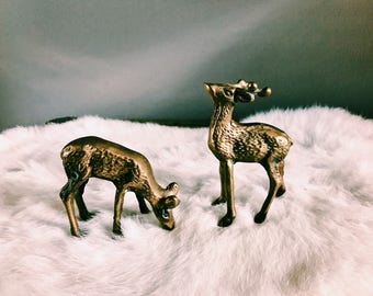 Pair of Vintage Brass Deer / Christmas Reindeer Decoration / Holiday Decor