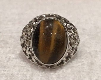 Gorgeous Vintage Solid Sterling Silver RETRO Style Ring-Big Genuine TIGERS Eye-Bezel Set-UNISEX Design-Uk Size P - Us Size 7 1/2- 6.28 grams