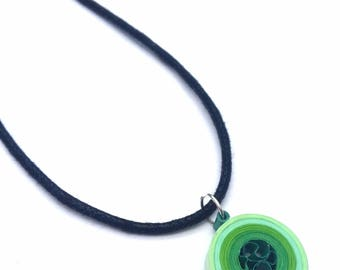 Green paper necklace, quilled pendant, paper quilling, art jewellery, circle pendant