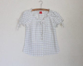 White Cotton Top Short Sleeve Plaid Blouse Summer Shirt Button up Medium Size