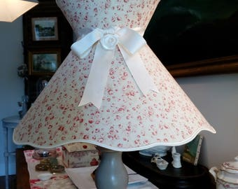 collar, very cottage chic romantic Lampshade