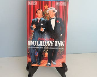 Holiday Inn VHS tape, Irving Berlin's Holiday Inn, Bing Crosby, Fred Astaire, Universal Cinema Classics, Classic Christmas Movie, X-mas VHS