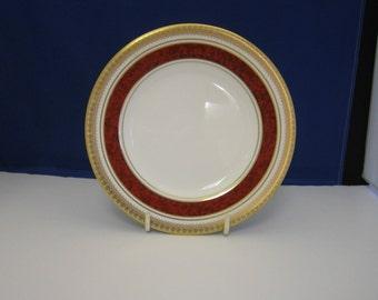 Royal Doulton, Kingston Ruby, bone china plate.