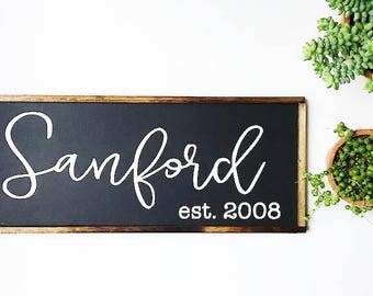 Last Name Sign - Family Name Sign - Custom Wedding Gift - Established sign - Wedding Gift - Family Established Sign - Housewarming Gift