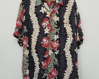 Men's Hawaiian Shirt. Floral Print Hawaiian Shirt. Rayon. Black, Green, Red. Size XL. Aloha Shirt.