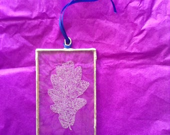 Hand Engraved Glass Oak Leaf