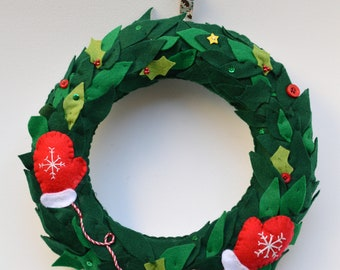 Christmas wreath, handmade wreath, fabric wreath, mini mittens,