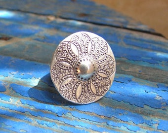 Sterling Silver ring. Silver Jewelry. Ethnic Jewelry. Silver ring. Silver jewelry. Ethnic jewelry.