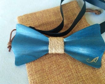 Wood stained blue bow
