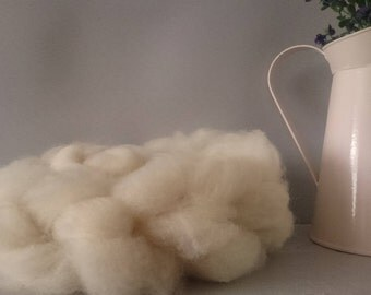 British Wool Roving, white undyed roving, Dorset fleece 50g, hand prepared, un dyed Natural wool, spinning roving, bleach free wool, roving