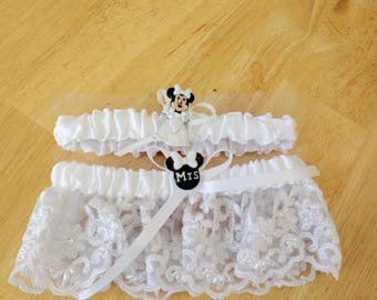 Disney wedding bridal garter set with  faux pearl and lace embellishments (set of 2)