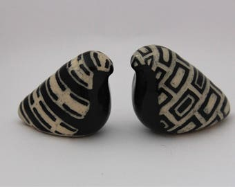 Black and White Etched Ceramic Birds (Set of Two)