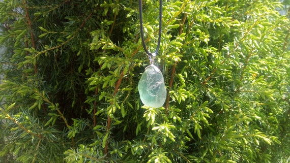 Fluorite pendant, fluorite pendant, raw fluorite, amazing raw crystal, raw stone pendant, jewlry stone