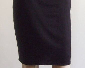 P' little pencil skirt in beautiful soft black jersey hem edges