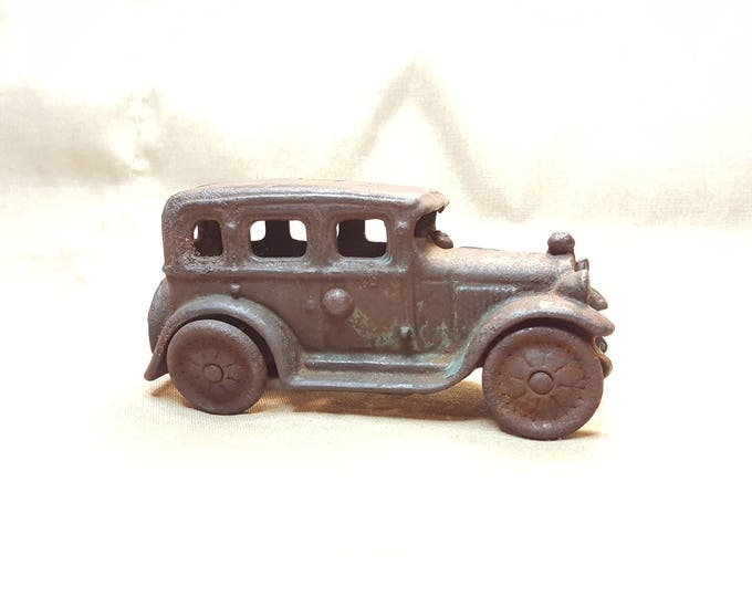 A C Williams Cast Iron Austin Sedan Toy Car 1920s Authentic Good Condition