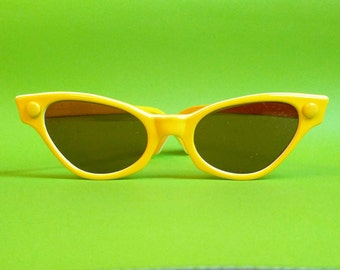 Vintage NOS 1950s Cosmetan CX47 Layered Sunglasses in Sun Yellow Manufactured by American Optical in the USA