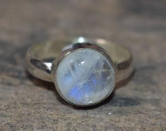 size-7.75us moonstone ring,blue flashy moonstone ring,gemstone ring,moonstone ring,natural moonstone ring