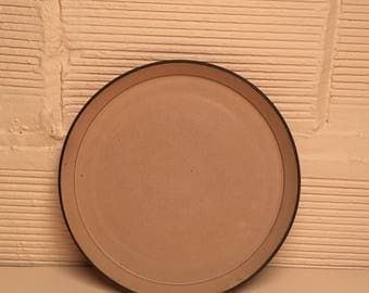 Essential Plate in Rouse Pink Glaze
