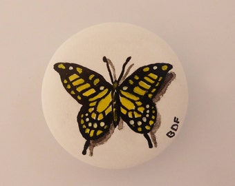 Leatherette button with butterfly, hand painted.
