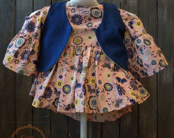 2T Light Pink and Navy Blue Floral Tunic Top with Denim Vest