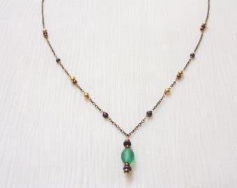 Green Beaded Pendant | Beaded Bronze Chain