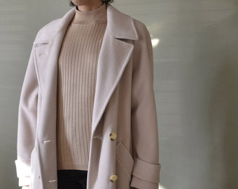 """cashmere SAKS FIFTH AVENUE cream double breasted coat with belt tie, union made // 44"""" bust (box fit)"""