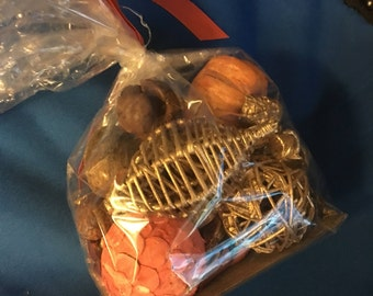 Bag of fall colors potpourri