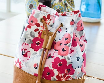 818 Natalie Cosmetic Bucket Pouch PDF Pattern