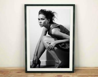 Model Print, Fashion Model Print, Printable Fashion, Woman Print, Fashion Poster, Printable Wall Art, Black and White, Downloadable Prints