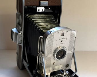 Poloroid Land Camera With Case And Extras